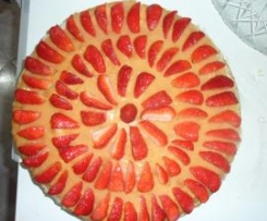 Torta alle fragole con crema :)