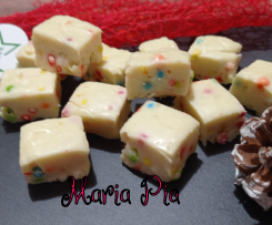FUDGE AL PROFUMO DI LIMONE E CONFETTINI ALL'ANICE