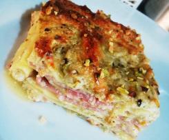 Lasagna mortadella e pistacchio