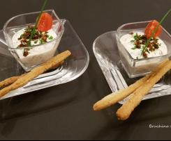 Mousse di ricotta e yogurt alle erbe aromatiche