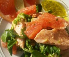 Insalata di trota salmonata con pompelmo rosa valeriana con salsa al lime a modo mio (CONTEST INSALATE DI PESCE )