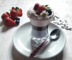 Bicchierini finger food con mousse allo yogurt ai 2 frutti a modo mio (contest yogurt)