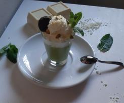 Finto budino con avocado cioccolato bianco e panna fresca a modo mio contest budini