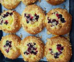 Focaccia dolce alle crema pasticcera e frutta