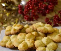 Biscotti natalizi con frolla montata