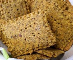 Cracker di farro con semi e curcuma