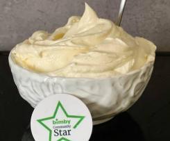 Crema di burro senza uova per copertura torte