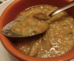 Zuppa di Orzo, Funghi e Lenticchie Rosse
