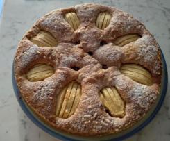 Torta senza glutine al grano saraceno con mele e fragole