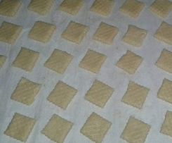 Quadrotti frollati al latte (biscotti)