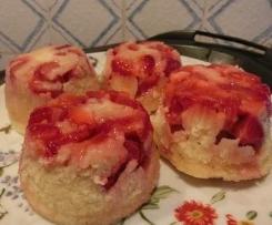 Muffin (cupcakes) di Fragole cotti a Varoma