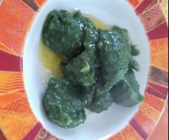 Gnocchi morbidi di spinaci e patate senza uova