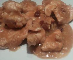 Bocconcini  di pollo al marsala e uvetta