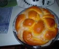 Treccia di panbrioches farcita (con Pasta Madre)