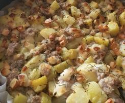 Sbriciolata sfiziosa (salsiccia e patate al forno)