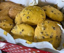 Cookies con farina di riso e gocce di cioccolato