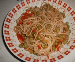 Spaghetti di riso bicolore