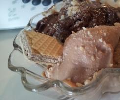 Gelato al gusto di Ferrero Rocher e Doppio Cioccolato fondente