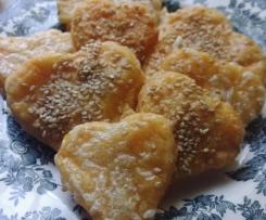 Biscotti salati morbidi al sesamo ed Emmenthal