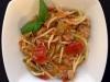Pasta fresca con fiori di zucca e tonno