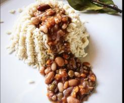 Sformatino di riso con intingolo ai legumi ubriachi / Contest legumi