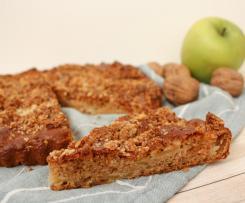 Torta di mele, cannella e frutta secca