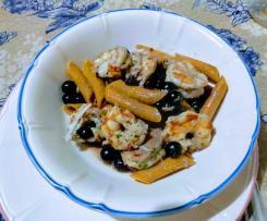 Penne senza glutine piccanti ai gamberi e mirtilli