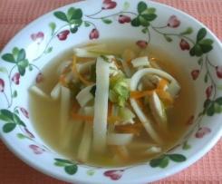 Zuppetta di tagliatelle di riso all'orientale