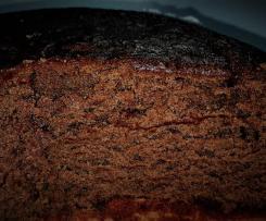 Torta al cioccolato con marmellata nell'impasto