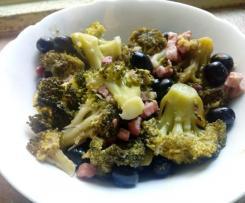 Broccoli stufati con pancetta e olive