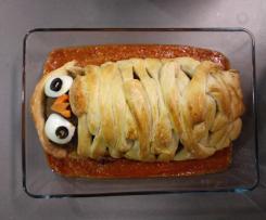 Mummia di Halloween (Polpettone ripieno in crosta di panbrioche)