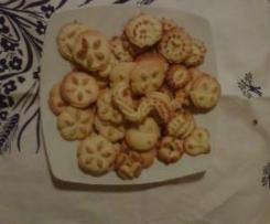 Biscotti alle mandorle da fare con sparabiscotti