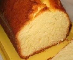 Plumcake al latte caldo aromatizzato all'arancia sofficissimo