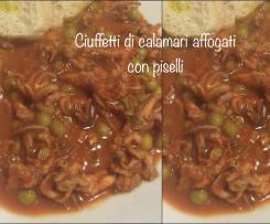 Ciuffetti di calamari affogati con piselli