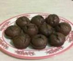 muffin al cioccolato con nocciole tostate
