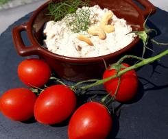 Salsa con Formaggio spalmabile fresco Anacardi Pomodori secchi e Finocchietto Selvatico a modo mio (Contest Pesto e Condimenti)