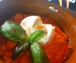 Bruschette con pomodorini e Pappa al pomodoro con burrata  e olio al tartufo