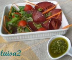 Condimento con olive verdi e rucola