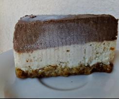 Torta bigusto crudista e vegan