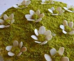 Torta fiorita ai pistacchi