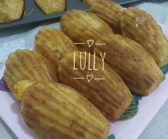 Madeleine salate crudo&emmental (contest biscotti salati)