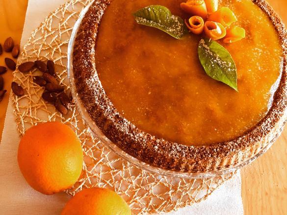 Crostata morbida all?arancia con mandorle e carote