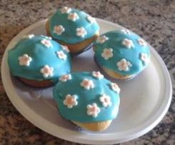 cupcake glassati con cuore di nutella