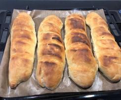 Pane baguette con lievito madre