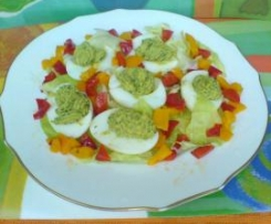 Uova ripiene di zucchine