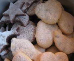 Biscotti al cacao, gocce di cioccolato ed altro....