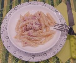 Penne Rigate al Sugo Noci e Pancetta