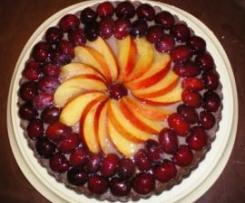 Torta al cioccolato con frutta