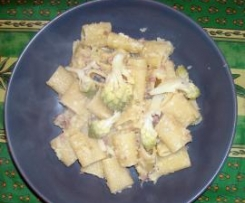 Mezze maniche broccolo e salsiccia
