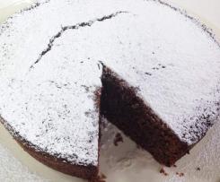 torta alle nocciole con amaretti e cioccolata